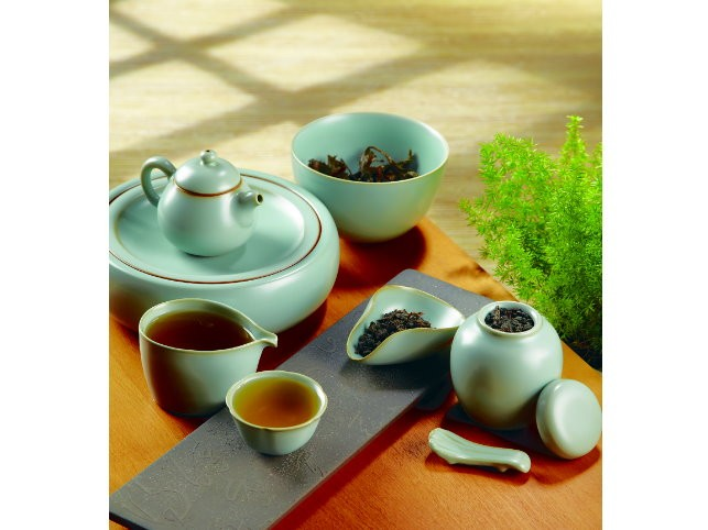 Ju Ware Style Celadon Flower Tea Set