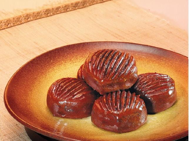 Chestnut mini-cake