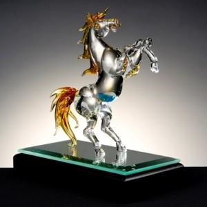 琉璃琥珀躍馬