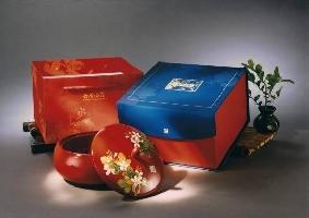 台灣漆器─白雪揚春糖果盒
