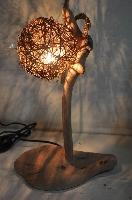 原始風味的藤球燈罩,在牆面交錯出柔和線條 其他圖片3