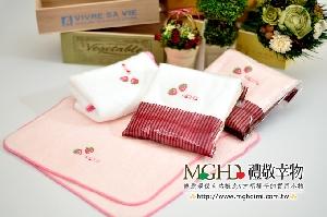 草莓心事 滾邊小方巾(草莓季)