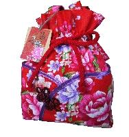 客家典雅風情布提 Hakka-Style clothign wrapping