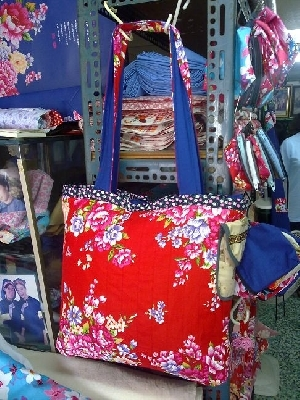 大襟藍衫花布包.2 其他圖片1