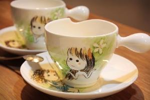手工彩繪桐花精靈咖啡杯組