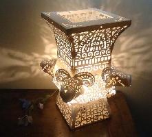 青銅時代-紙雕桌燈