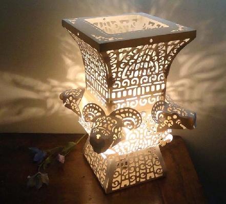 燈光的營造下仿佛置身於古老文明之中 封面圖片