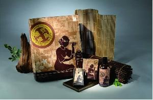 阿嬤ㄟ等路禮盒 x1(阿嬤文化創意深具台灣特色,適合送禮,國際人士或婚嫁禮物尤佳)