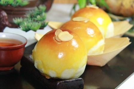 頂級棗泥蛋黃酥完整照片 封面圖片