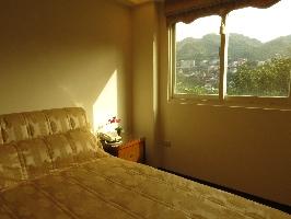 徜徉在山城的懷抱、欣賞美麗的群山和仙境景物。 其他圖片1