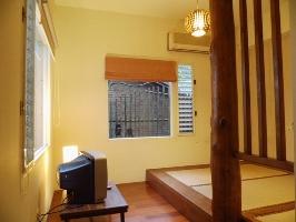 民宿房型一角,充份運用原木圍繞空間四周 其他圖片3