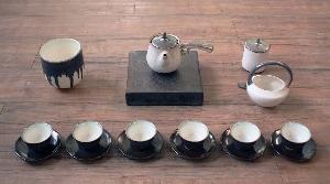 乳白開片側把壺茶具組