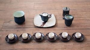 鐵黑骨瓷壺茶具組
