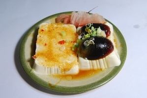 飛魚卵皮蛋豆腐