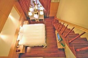 鄉村體驗住宿-樓中樓精緻六人套房