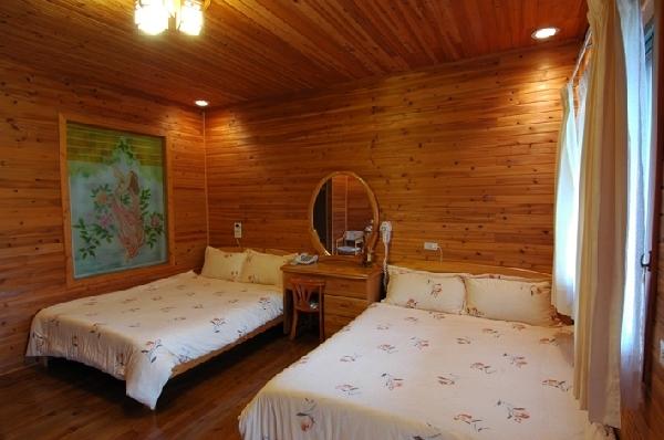 景觀木屋四人房 封面圖片