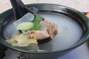養生蘆薈鮮排湯